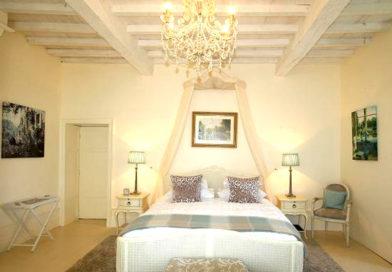 Room 1: Opaline